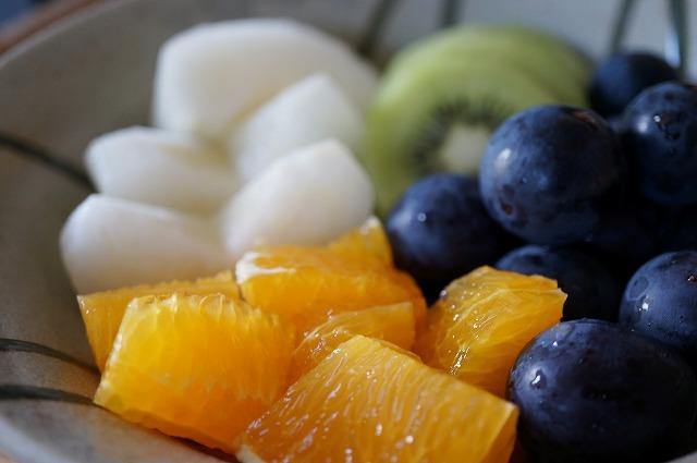 果物を盛りつけた写真